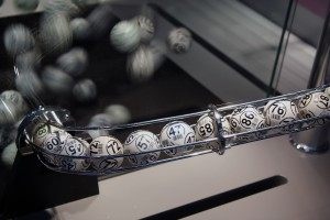 """The """"fantastic"""" and """"scary"""" behind bank deposits tied to lottery-like gains"""